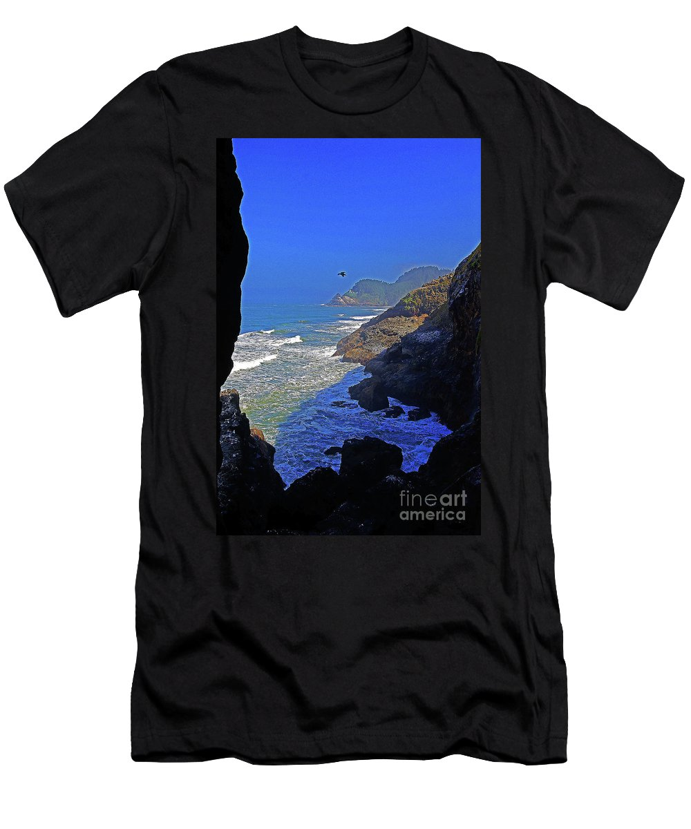 Oregon Men's T-Shirt (Athletic Fit) featuring the photograph Oregon Coast From Sea Lion Caves by Rich Walter