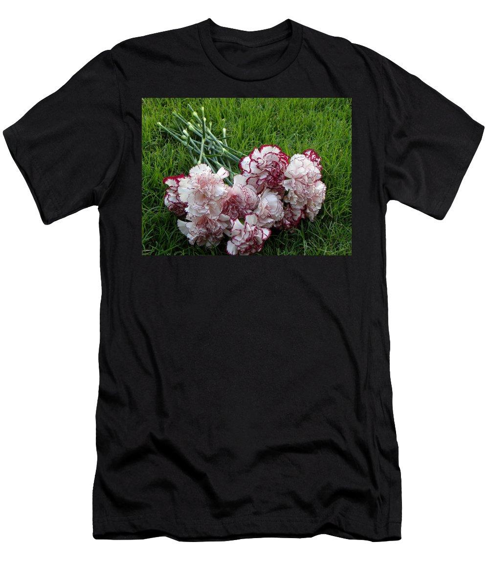 Nature Men's T-Shirt (Athletic Fit) featuring the photograph Forgotten Bouquet by Shannon Turek