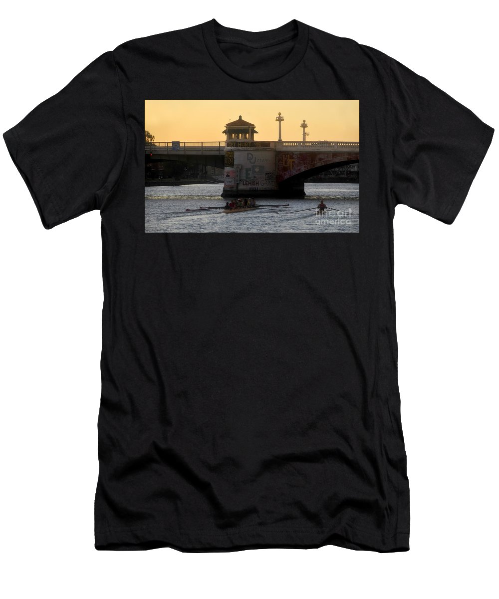 Sculling Men's T-Shirt (Athletic Fit) featuring the photograph Out For An Evening Scull by David Lee Thompson