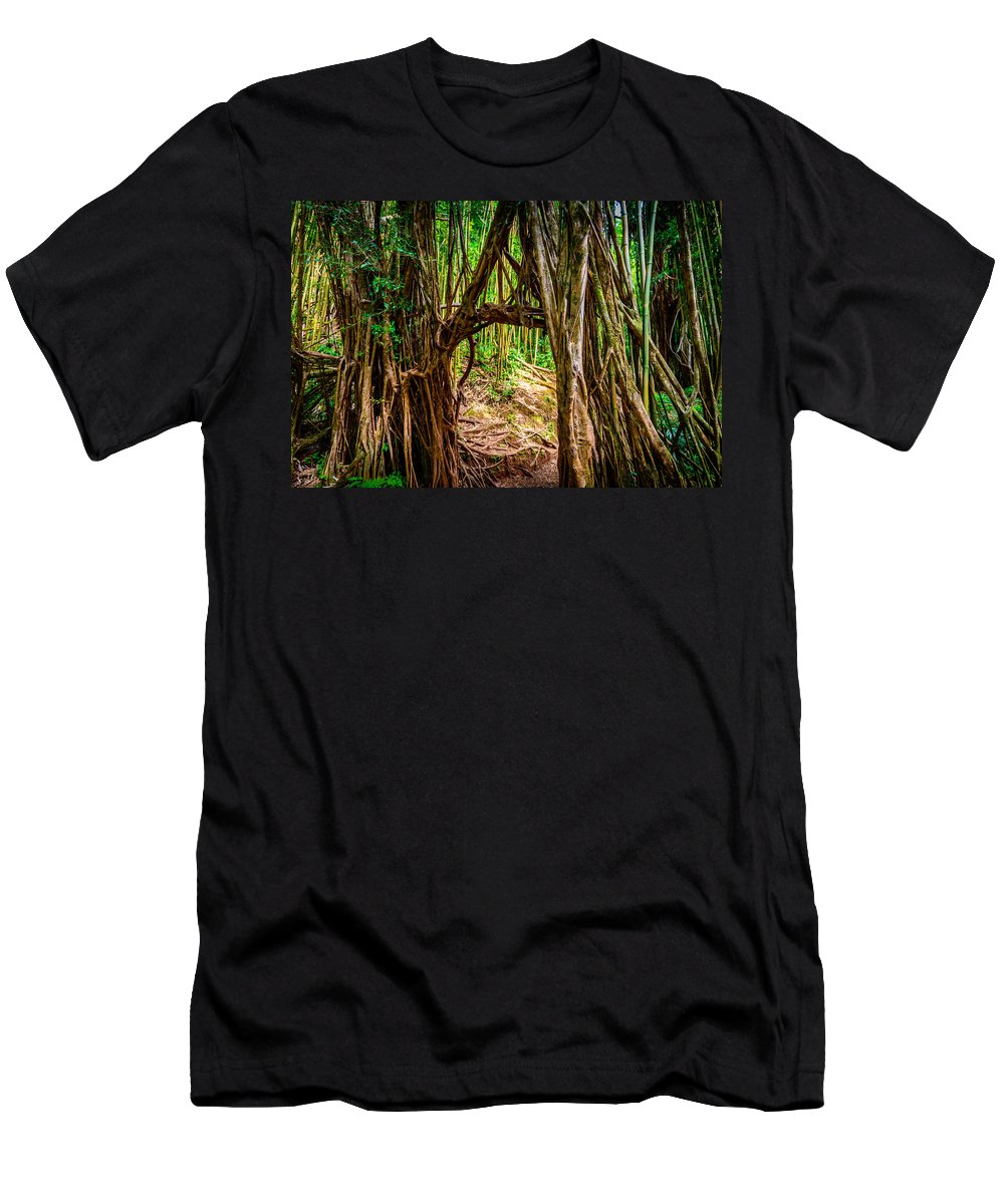 Hawaii Men's T-Shirt (Athletic Fit) featuring the photograph Out Of The Hole And Through The Trees by Michael Scott