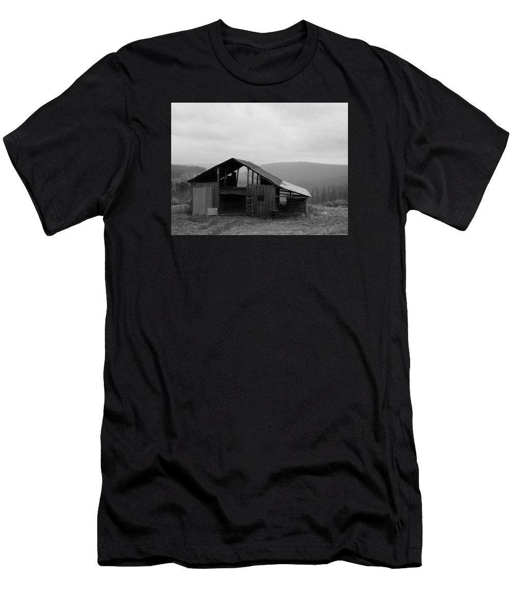 Barn Men's T-Shirt (Athletic Fit) featuring the photograph Ozark Barn by Mary Halpin