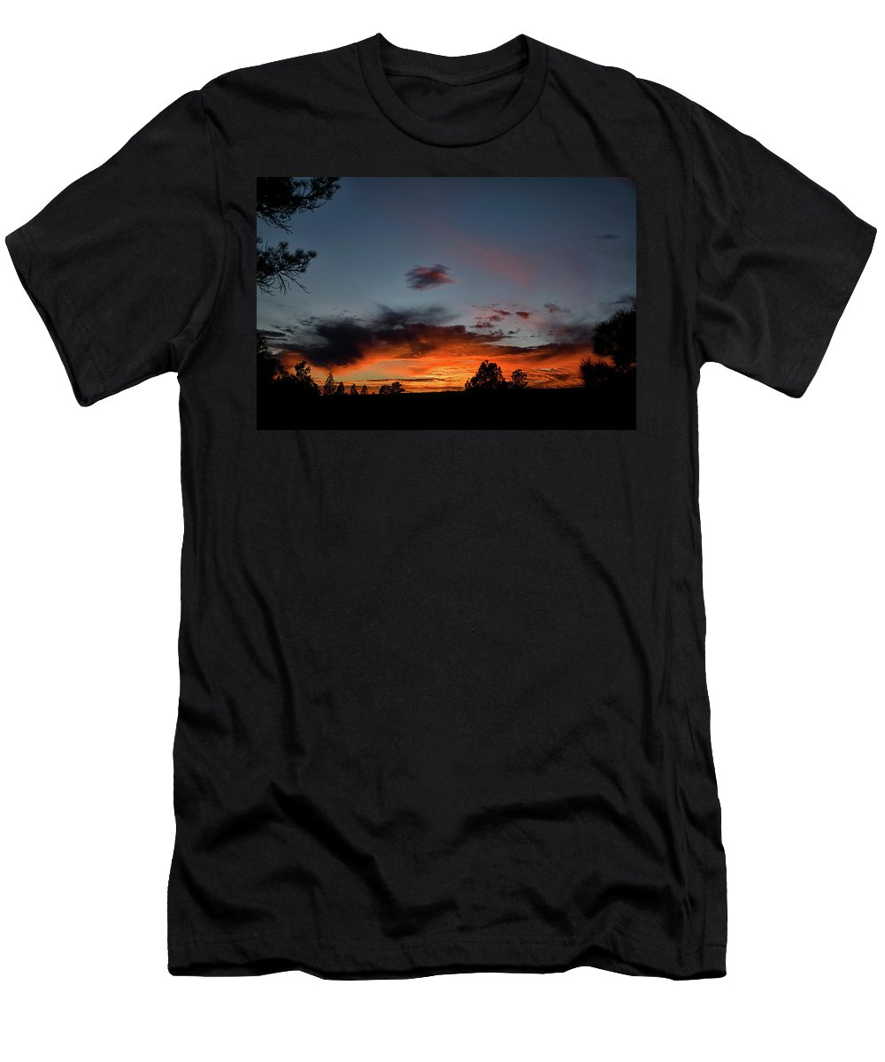 Sunset Men's T-Shirt (Athletic Fit) featuring the photograph Pagosa Sunset 11-30-2014 by Jason Coward