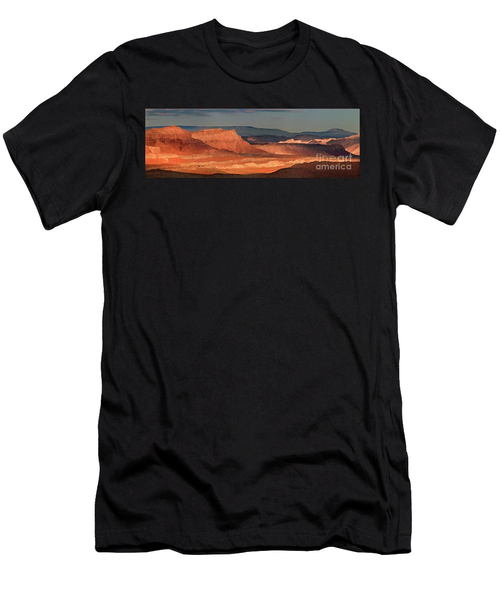 North America Men's T-Shirt (Athletic Fit) featuring the photograph Panorama Dawn Light On The San Rafael Swell Utah by Dave Welling