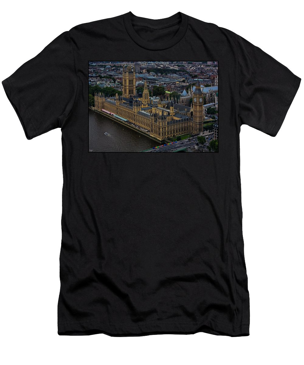 Houses Men's T-Shirt (Athletic Fit) featuring the photograph Parliament by Chris Lord