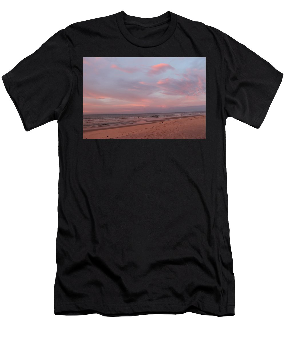 Beach Men's T-Shirt (Athletic Fit) featuring the photograph Pastel Sunrise by Laura Martin