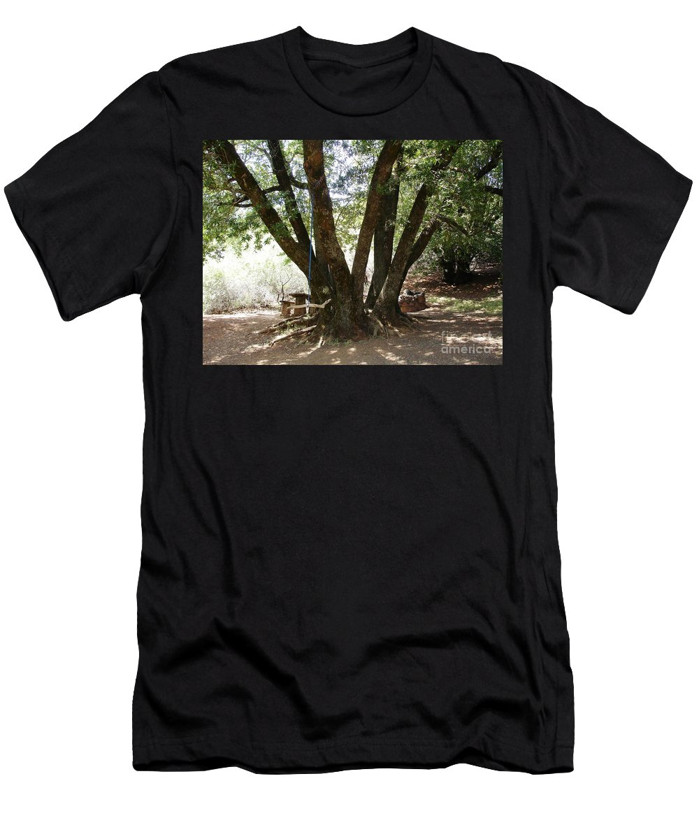 Picnic Men's T-Shirt (Athletic Fit) featuring the photograph Perfect Picnic Tree by Carol Groenen