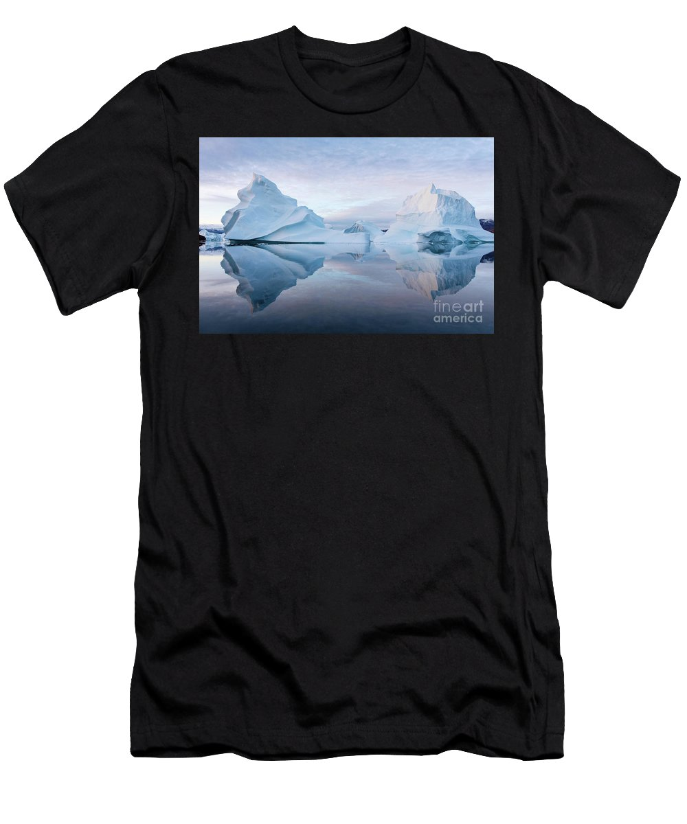Greenland Men's T-Shirt (Athletic Fit) featuring the photograph Perfect Serenity by Rudy De Maeyer