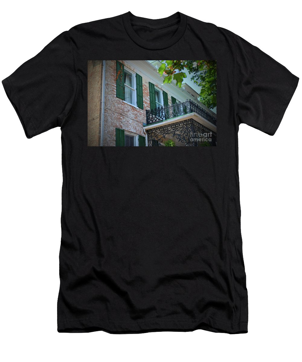 Doors Men's T-Shirt (Athletic Fit) featuring the photograph Piccadilly Joes by Jost Houk