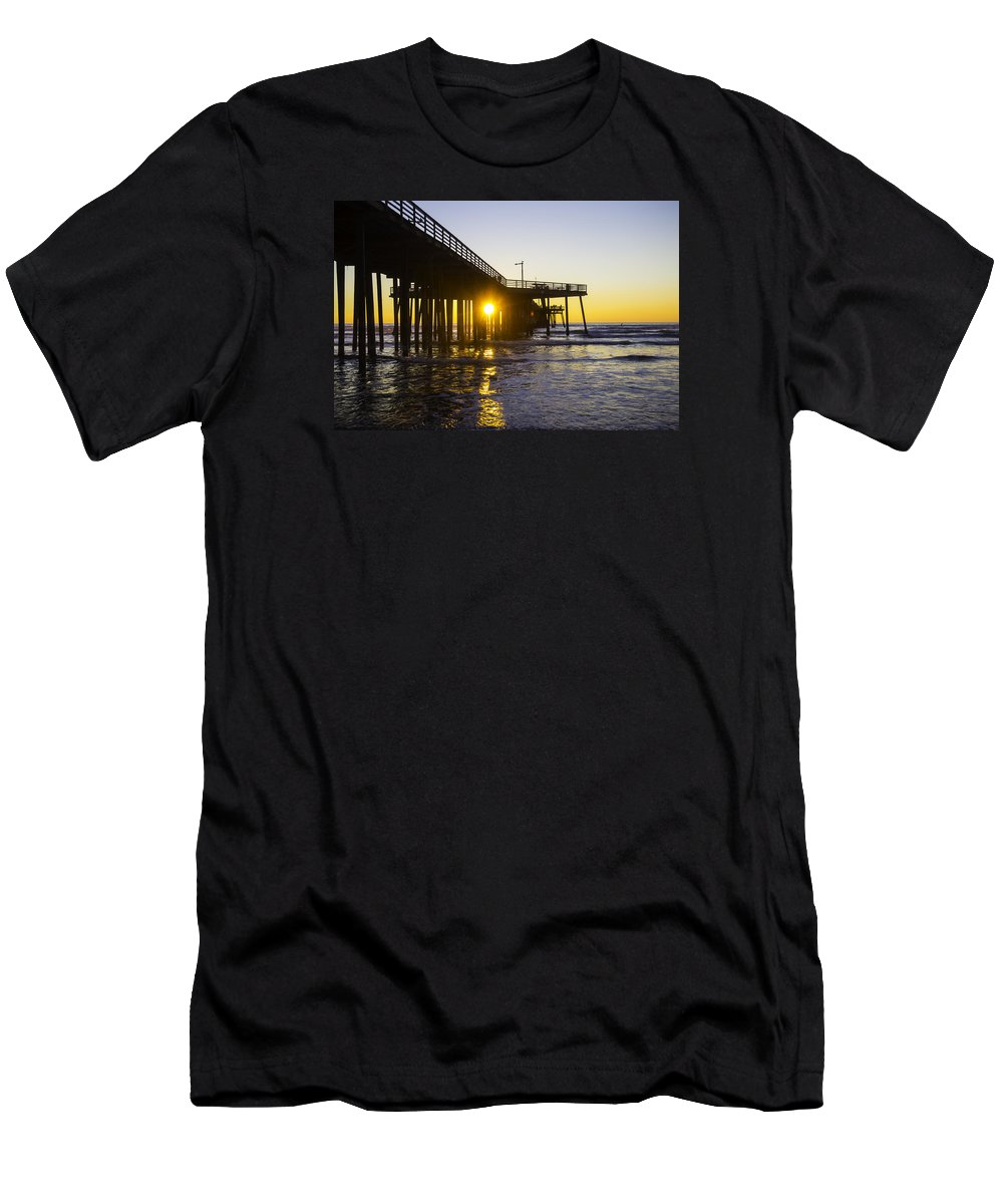 Pismo Beach Men's T-Shirt (Athletic Fit) featuring the photograph Pismo Beach Pier by Garry Gay