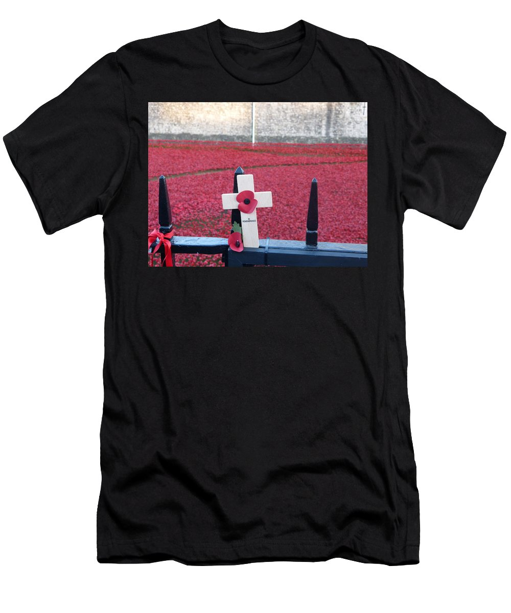 Men's T-Shirt (Athletic Fit) featuring the photograph Poppies At Tower Of London by Nigel Photogarphy