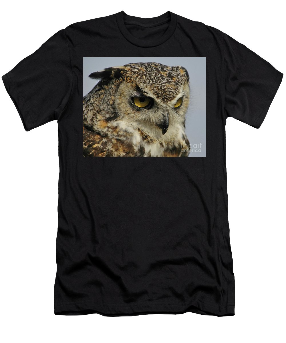 Wild Life Men's T-Shirt (Athletic Fit) featuring the photograph Portrait Of An Owl. by Franco Valentini