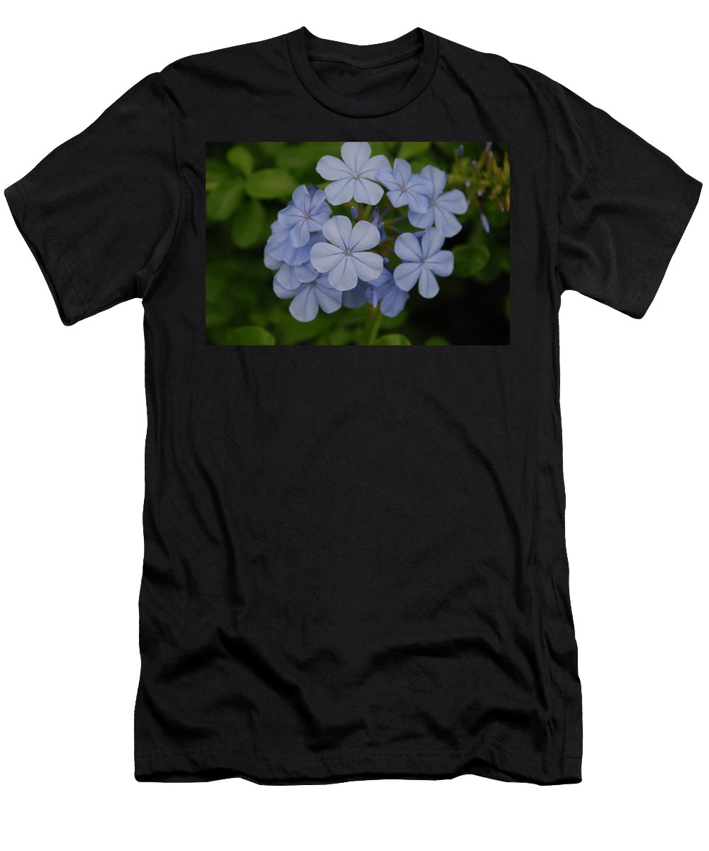 Macro Men's T-Shirt (Athletic Fit) featuring the photograph Powder Blue Flowers by Rob Hans