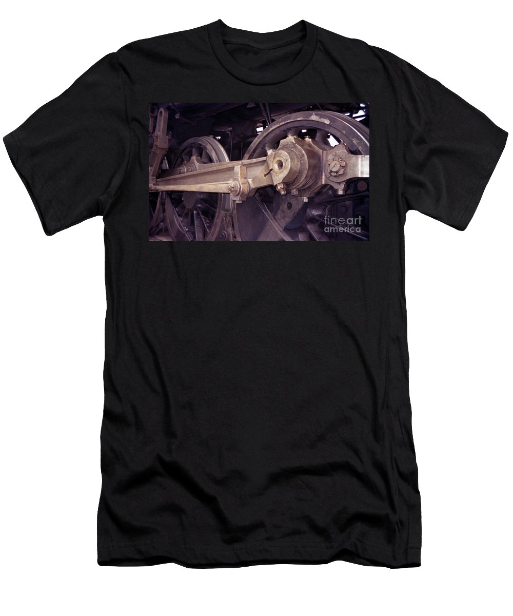 Trains Men's T-Shirt (Athletic Fit) featuring the photograph Power Train by Richard Rizzo