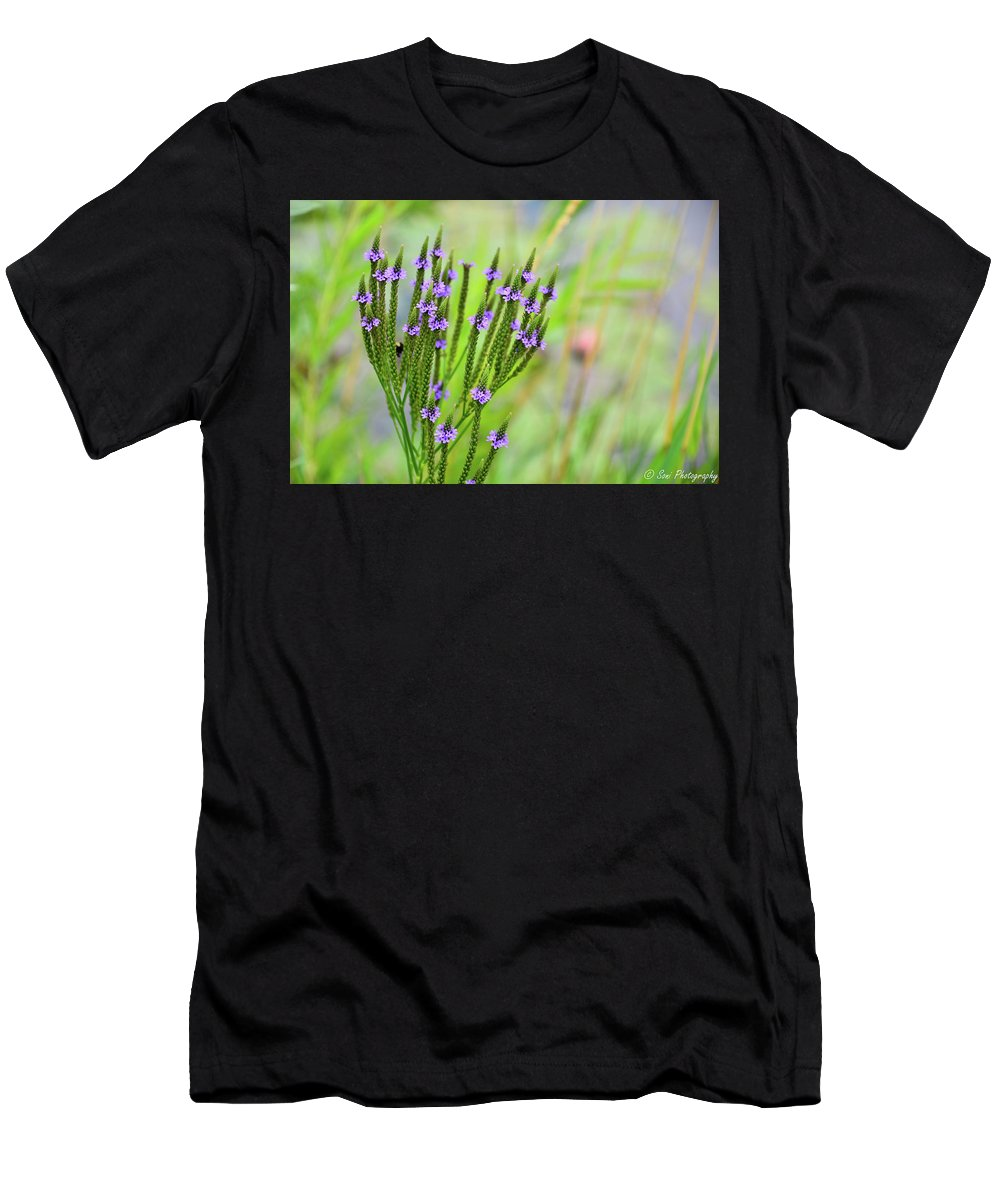 Blurred Background Men's T-Shirt (Athletic Fit) featuring the photograph Pretty Purple by Soni Macy