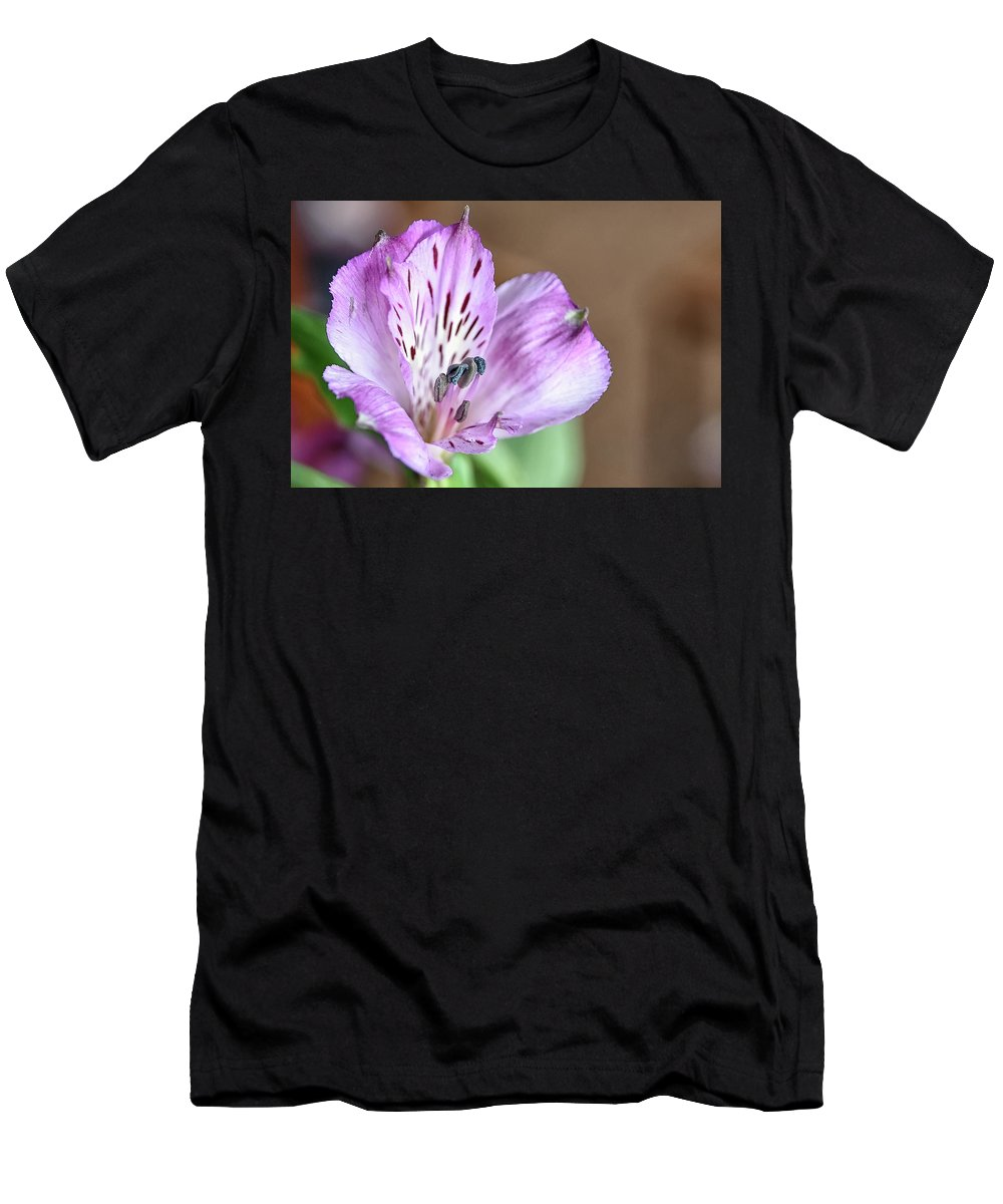 Men's T-Shirt (Athletic Fit) featuring the photograph Purple Flower by Kuni Photography