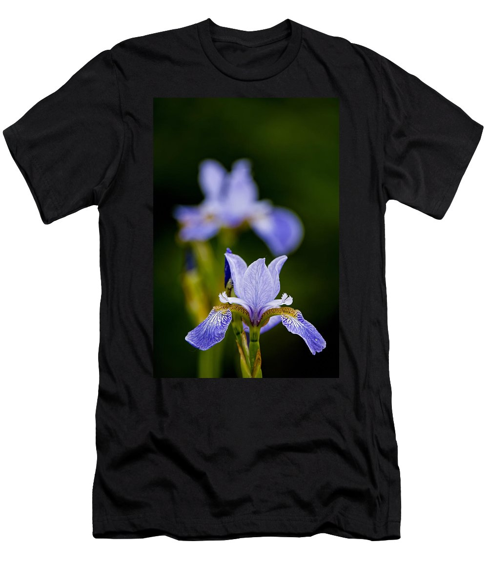 Gardens Men's T-Shirt (Athletic Fit) featuring the photograph Purple Iris by Michael Cummings