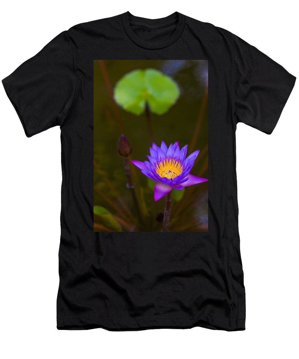 Lily Men's T-Shirt (Athletic Fit) featuring the photograph Purple Power by Dave Files