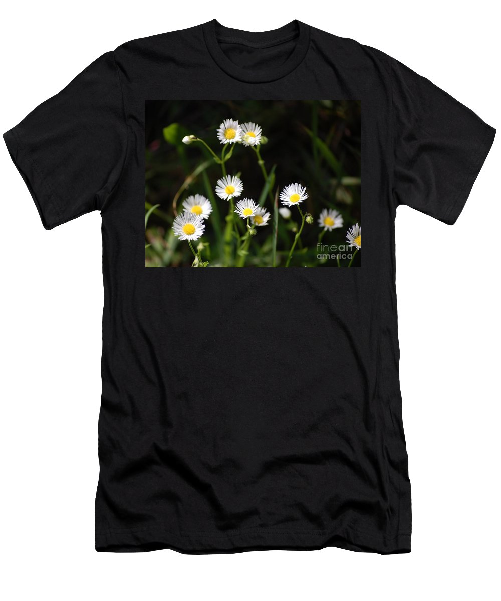 Digital Photo Men's T-Shirt (Athletic Fit) featuring the photograph Pushing Up..... by David Lane