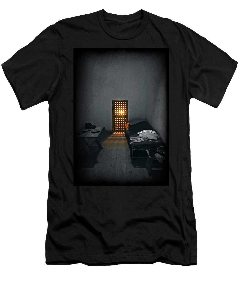 Art Men's T-Shirt (Athletic Fit) featuring the photograph Rays Of Freedom by Evelina Kremsdorf