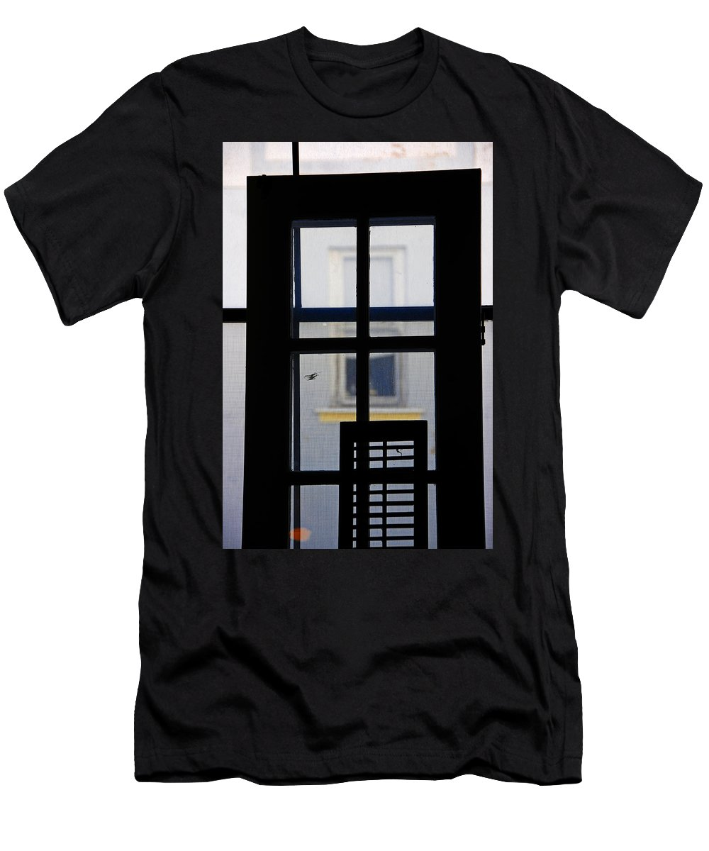 Architecture Men's T-Shirt (Athletic Fit) featuring the photograph Rear Window 2 by Skip Hunt