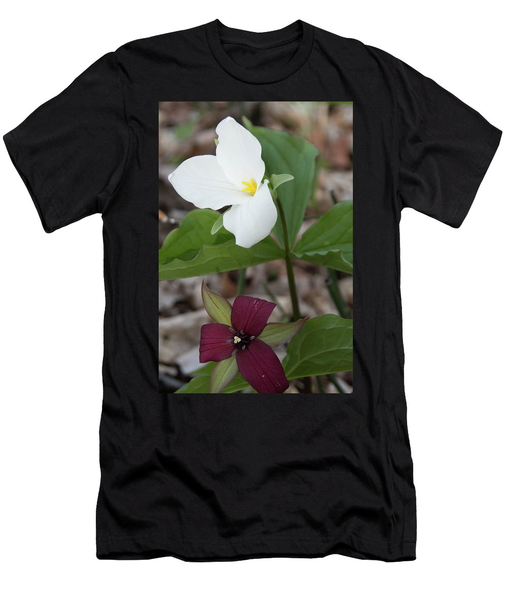 Flowers Men's T-Shirt (Athletic Fit) featuring the photograph Red And White Trillium by Dawn Dasharion