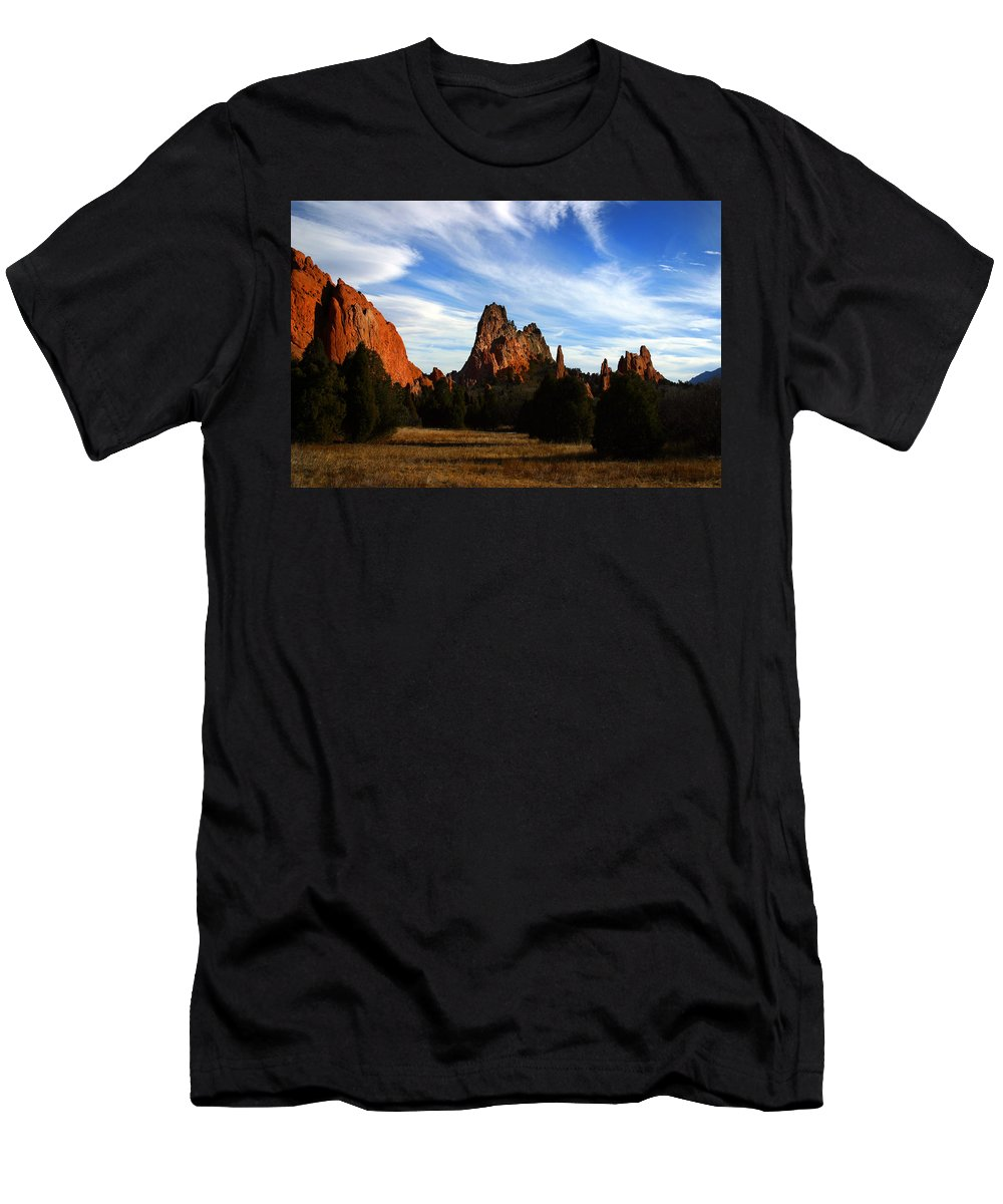 Garden Of The Gods Men's T-Shirt (Athletic Fit) featuring the photograph Red Rock Formations by Anthony Jones