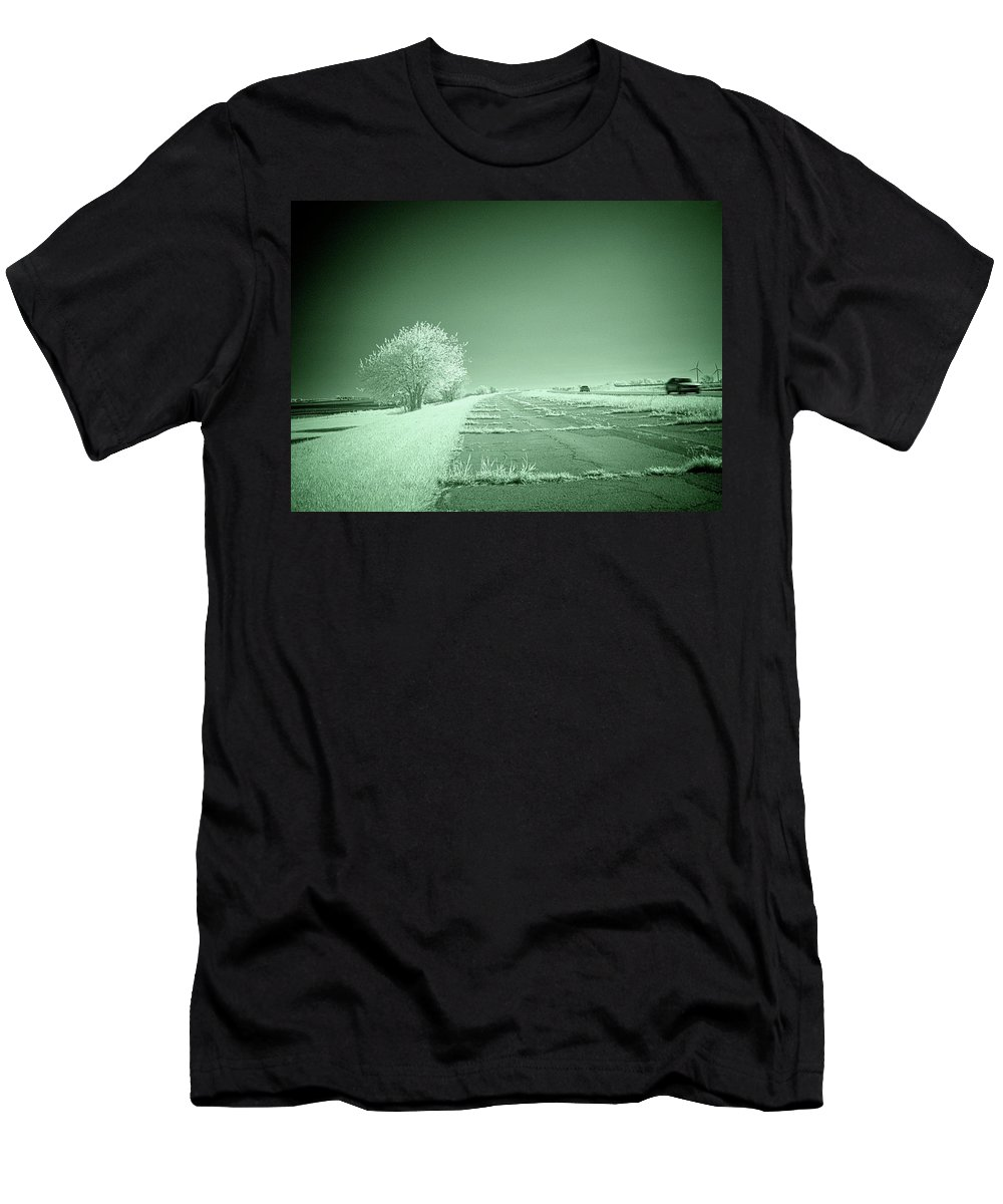 Illinois Men's T-Shirt (Athletic Fit) featuring the photograph Retired Route 66 Opus 2 by Fred Hahn