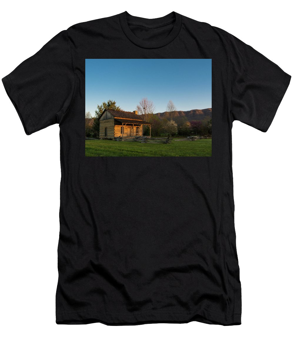 Wilderness Road State Park Virginia White Rocks Robinson Cabin State Park Virginia Is For Lovers Ewing Martin Station Men's T-Shirt (Athletic Fit) featuring the photograph Robinson Cabin At Wilderness Road State Park by Katelyn Johnson