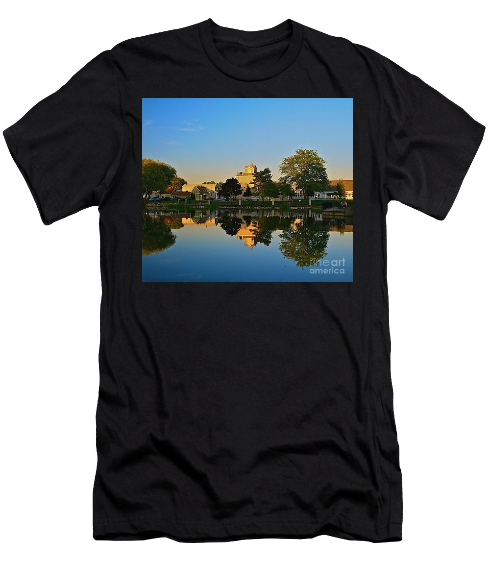 Places Men's T-Shirt (Athletic Fit) featuring the photograph Rockford Mi-1 by Robert Pearson