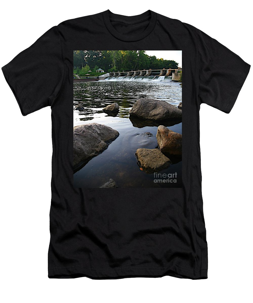 Places Men's T-Shirt (Athletic Fit) featuring the photograph Rockford Mi-2 by Robert Pearson