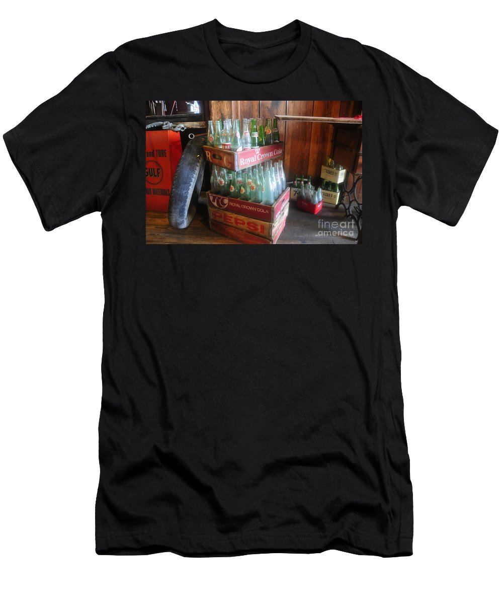 Royal Crown Cola Men's T-Shirt (Athletic Fit) featuring the photograph Royal Crown Cola by David Lee Thompson