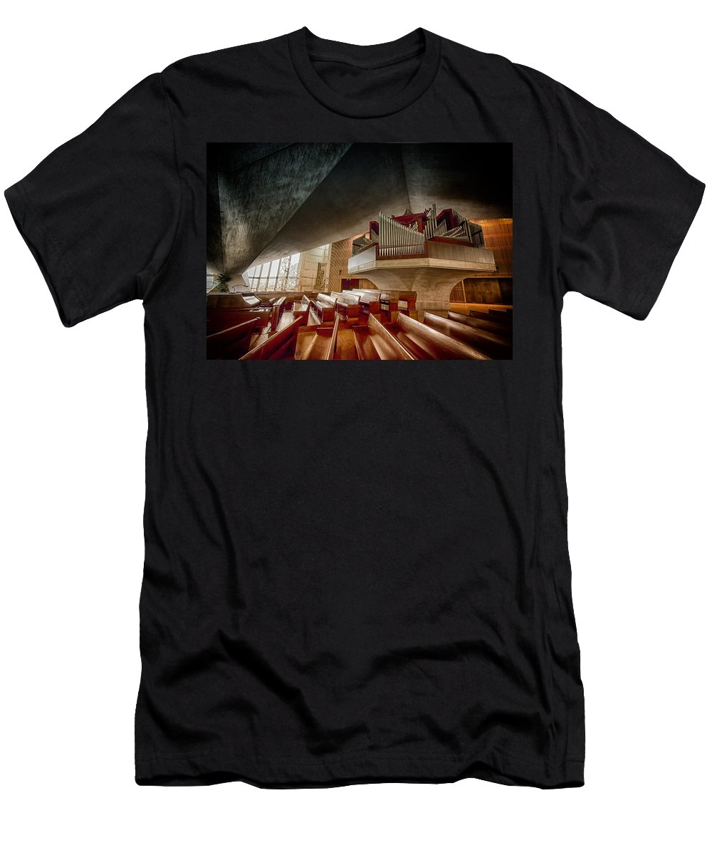 St. Mary's Men's T-Shirt (Athletic Fit) featuring the photograph Ruffatti Organ by Laura Macky