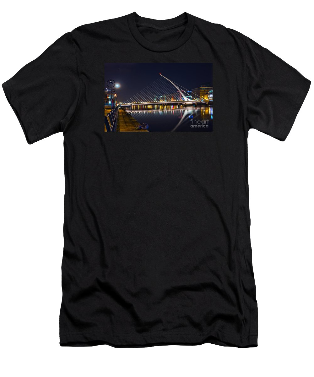 Samuel Beckett Bridge Men's T-Shirt (Athletic Fit) featuring the photograph Samuel Beckett Bridge by Alex Art and Photo