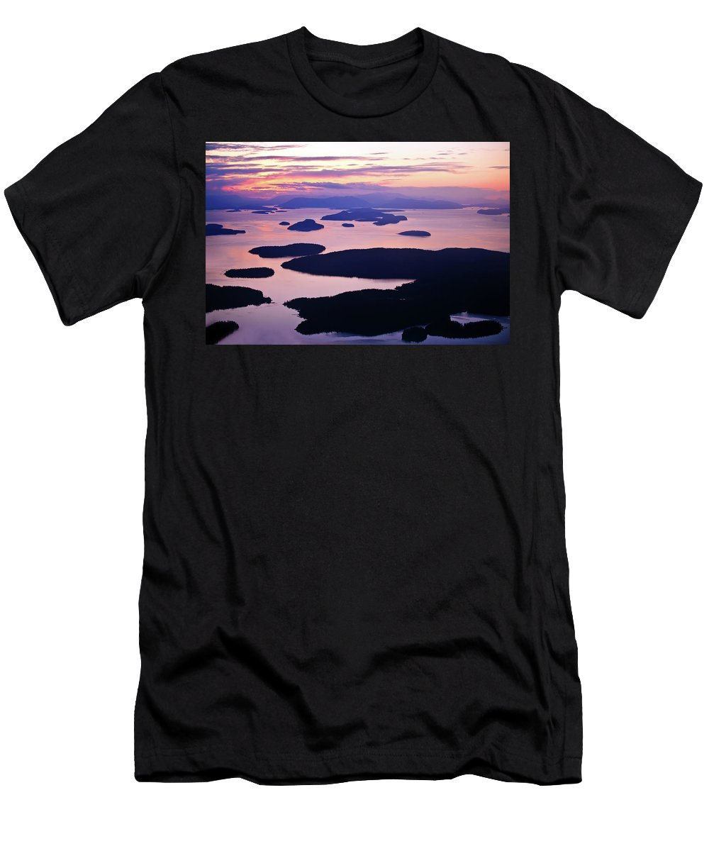 San Juan Islands Men's T-Shirt (Athletic Fit) featuring the photograph San Juans Tranquility by Mike Reid