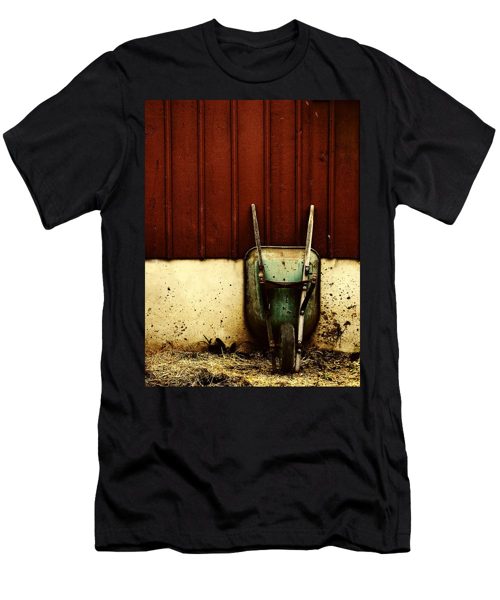 Dipasquale Men's T-Shirt (Athletic Fit) featuring the photograph Saving Daylight by Dana DiPasquale