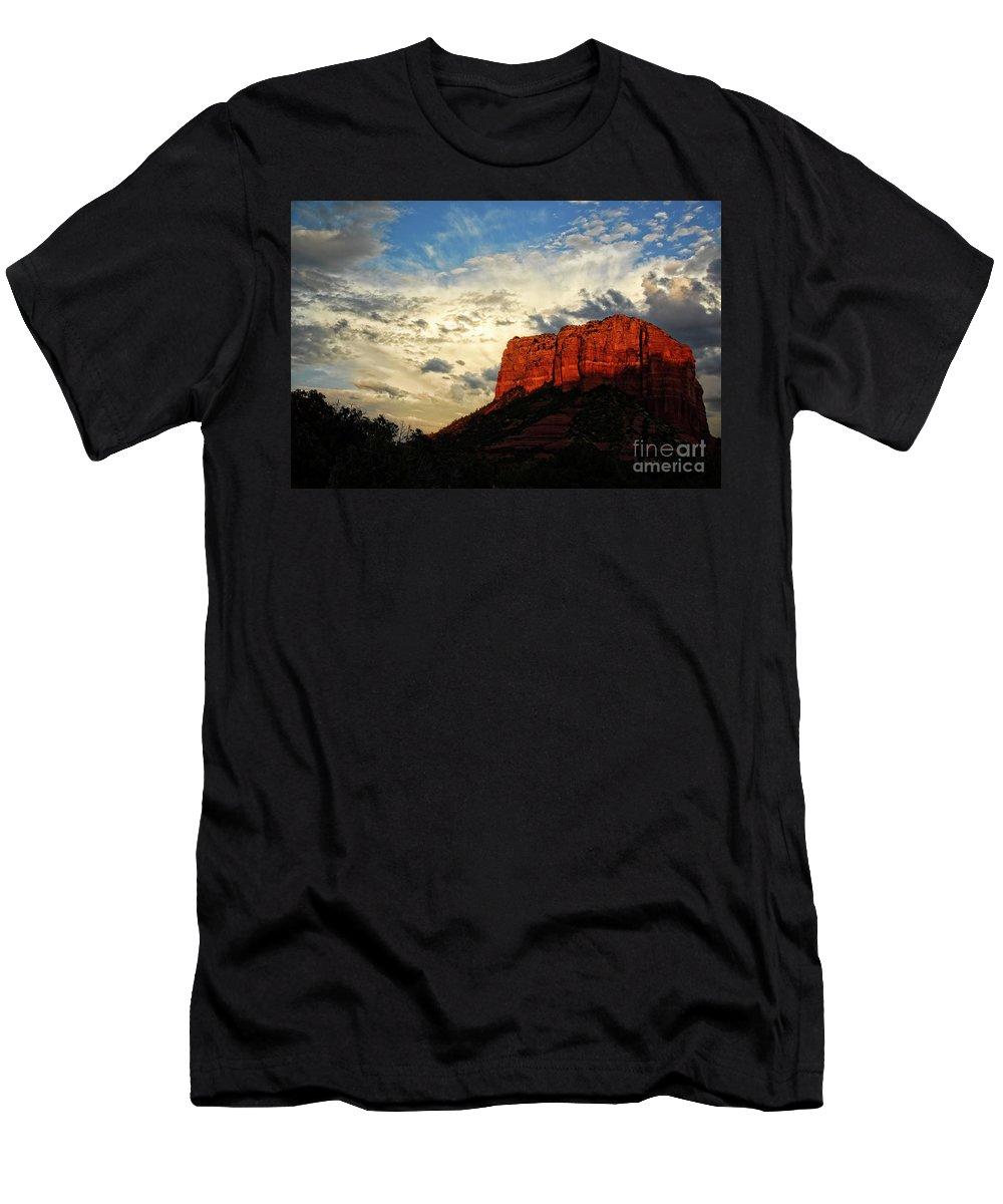Arizona Men's T-Shirt (Athletic Fit) featuring the photograph Sedona Sunset by Saija Lehtonen