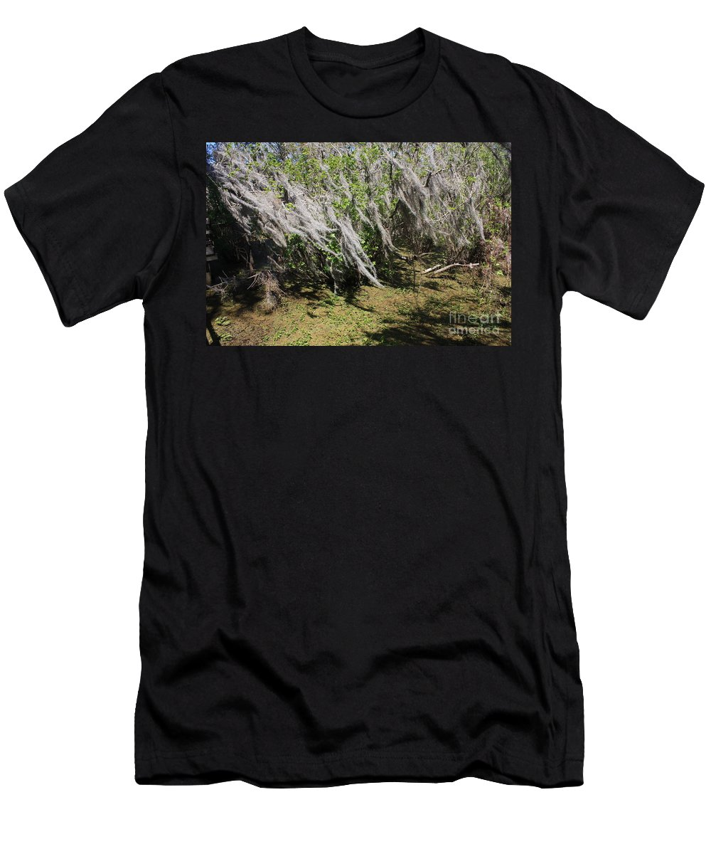 Windy Men's T-Shirt (Athletic Fit) featuring the photograph Seminole Wind by Carol Groenen