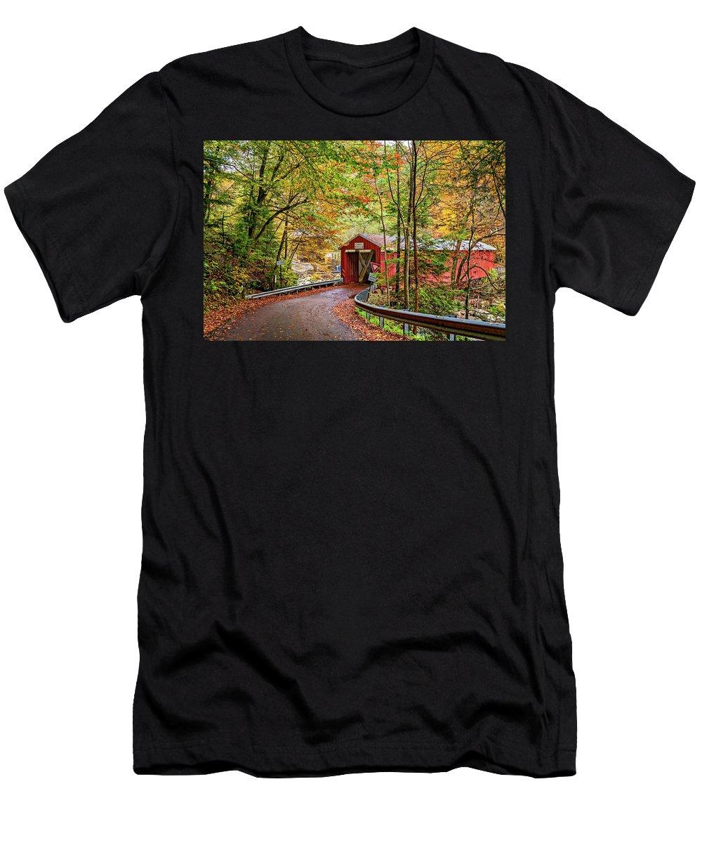 Pennsylvania Men's T-Shirt (Athletic Fit) featuring the photograph Serendipity by Steve Harrington