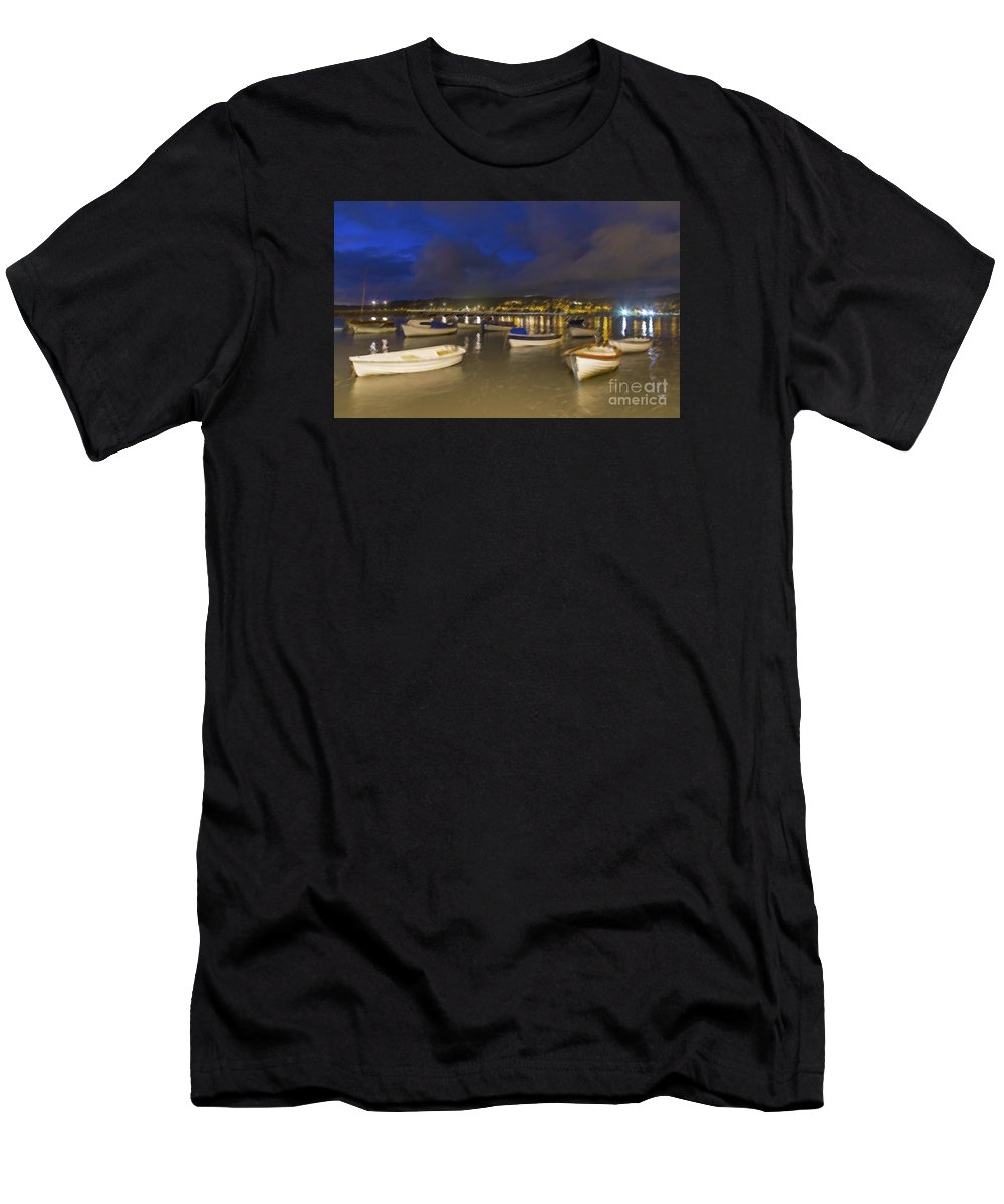 Fishing Men's T-Shirt (Athletic Fit) featuring the photograph Shaldon by Sebastien Coell