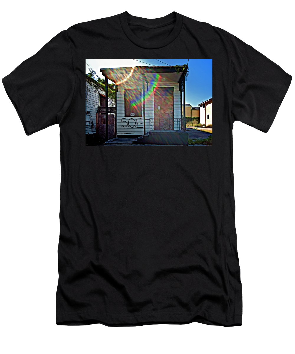 New Orleans Men's T-Shirt (Athletic Fit) featuring the photograph Shattered Dream by Steve Harrington