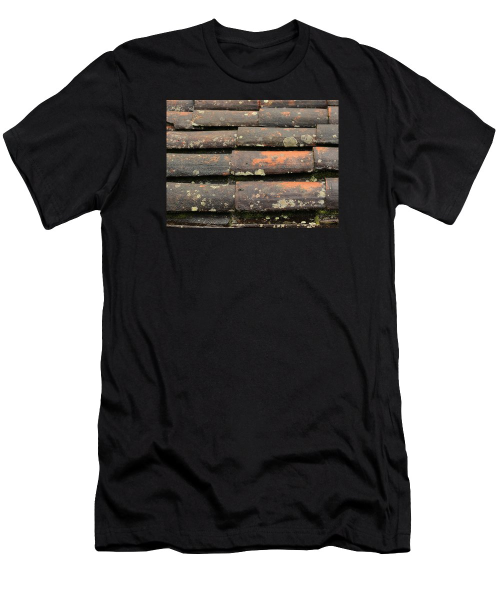 Shingle Men's T-Shirt (Athletic Fit) featuring the photograph Shingled Roof In The Rain by Robert Hamm
