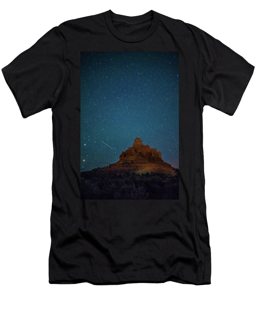 Landscape Men's T-Shirt (Athletic Fit) featuring the photograph Shooting Star At Bell Rock by Nana Suzuki