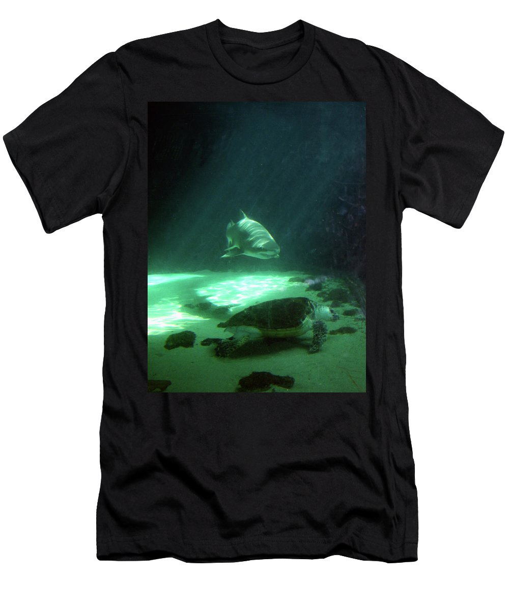 Aquarium Men's T-Shirt (Athletic Fit) featuring the photograph Shopping For Dinner by Mel Neuhaus