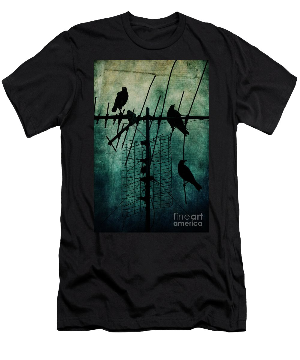 Crows Men's T-Shirt (Athletic Fit) featuring the photograph Silent Threats by Andrew Paranavitana