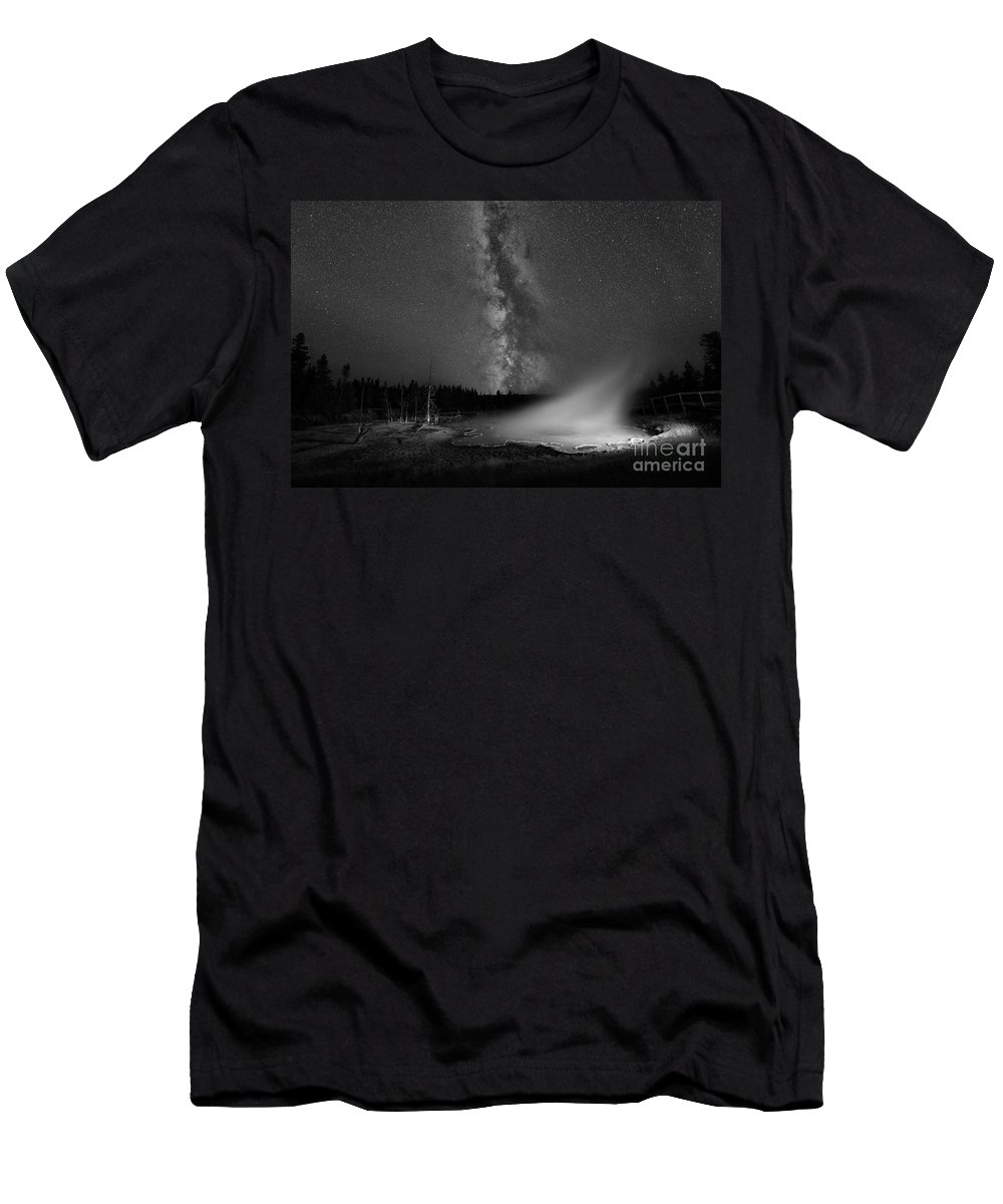 Silex Spring Men's T-Shirt (Athletic Fit) featuring the photograph Silex Spring Milky Way Bw by Michael Ver Sprill
