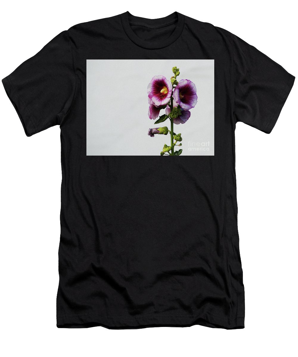 Flower Men's T-Shirt (Athletic Fit) featuring the photograph Simply Stated by Linda Shafer
