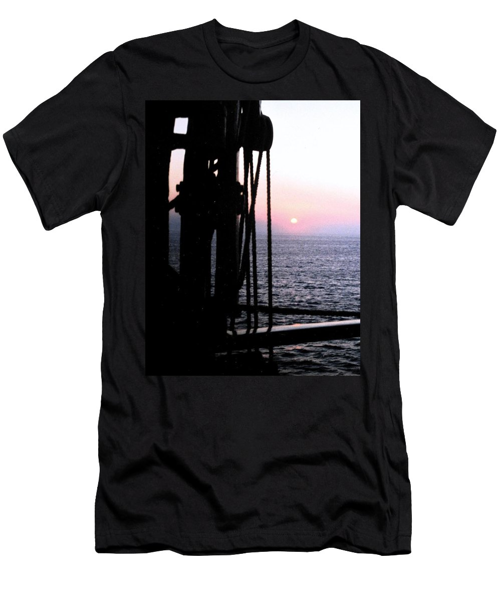 Ship Men's T-Shirt (Athletic Fit) featuring the photograph Sinking Sun by Ian MacDonald
