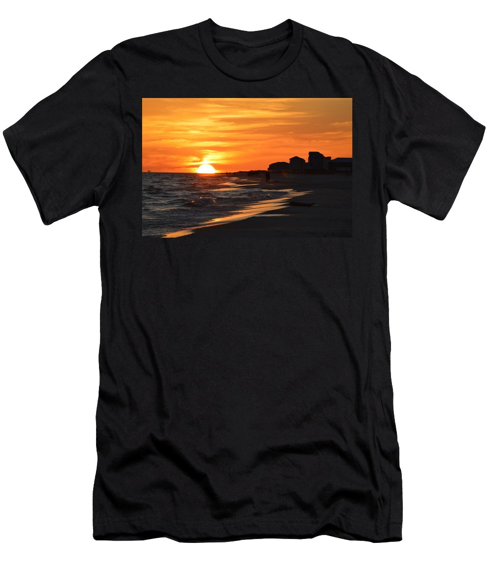 Ocean Men's T-Shirt (Athletic Fit) featuring the photograph Sizzling Sunset by Sue Houston