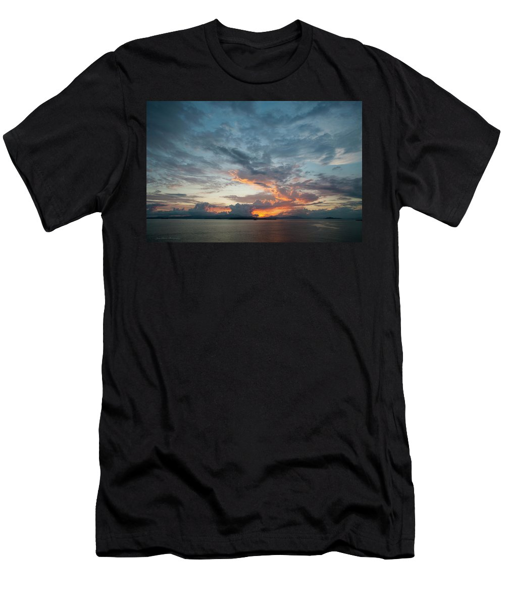 Sky Men's T-Shirt (Athletic Fit) featuring the photograph Peaceful Sky #2 by Joan Blease