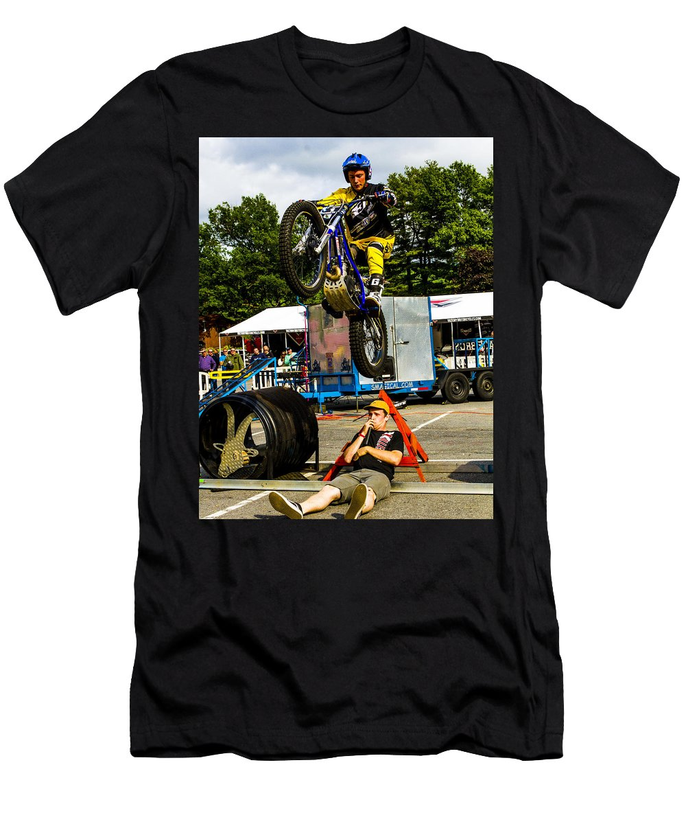 Pat Smage Men's T-Shirt (Athletic Fit) featuring the photograph Smage Passing Over by Jeff Kurtz